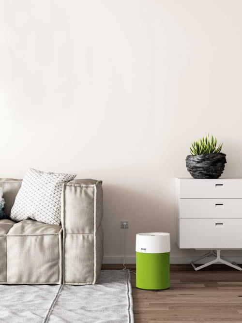 Ideal Luftreiniger AP40 Pro Wohnzimmer mit Textilbezug grün