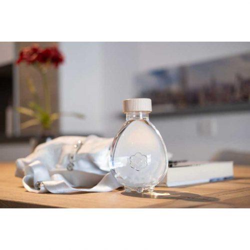 Egg-of-Life Trinkflasche 100% pflanzlich Schreibtisch