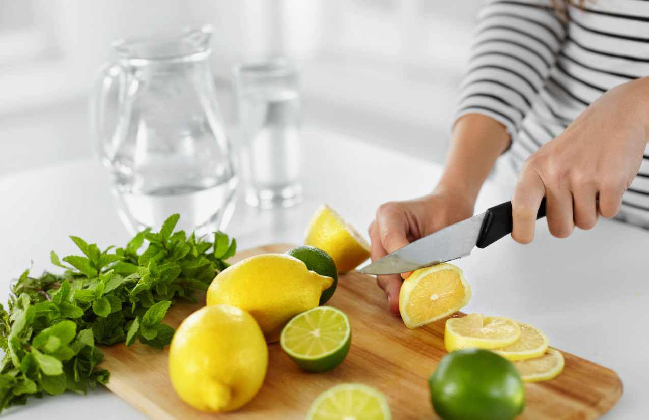 Nicht nur die bewusste Ernährung, sondern vor allem auch das bewusste Trinken hilft bei einer erfolgreichen Diät.