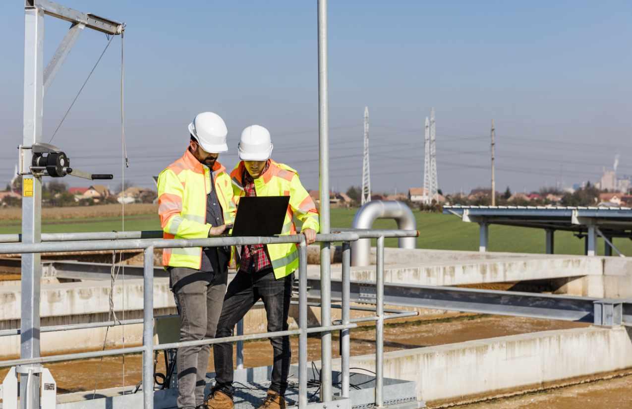 Schadstoffe im Trinkwasser werden von den zuständigen Wasserwerken regelmäßig kontrolliert